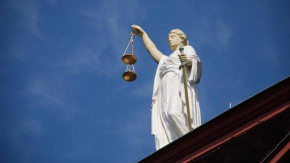 Hells Angels: Trinta e sete arguidos em prisão preventiva saem hoje em liberdade