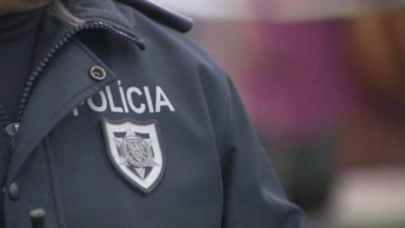Encapuzados roubam malas com dinheiro em assalto à mão armada