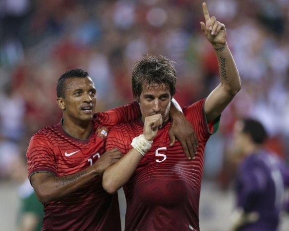 Portugal goleia República da Irlanda por 5-1, no adeus aos EUA
