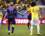 """Holanda conquista """"bronze"""" e atira Brasil para quarto"""