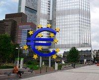 BCE mantém tecto da linha de liquidez à banca grega